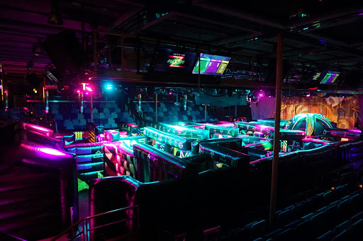 Mariner-Laser.jpg - On certain days and nights, Studio B turns into a challenging game of laser tag with Battle for Planet Z. It's free, so show up early as a line quickly forms.