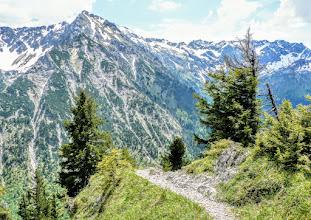 Photo: Imberger Horn L-35, Abstieg vom Strausberg zum Straussattel, Blick Rotspitze und Nebelhorn -  Wanderinfos: https://pagewizz.com/sonthofen-imbergerhorn/