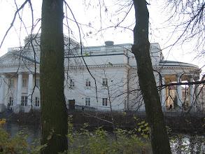 Photo: Autokar stał pod Teatrem im. W. Bogusławskiego. To filharmonia, opera i teatr w jednym.