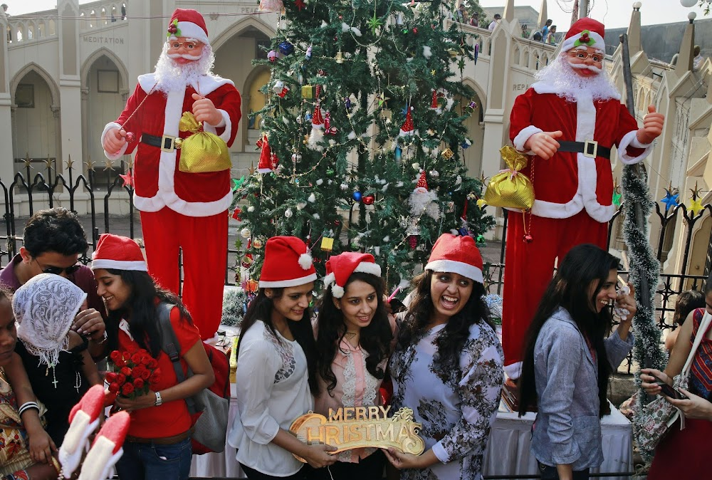 best-places-to-celebrate-christmas-in-india-Mumbai