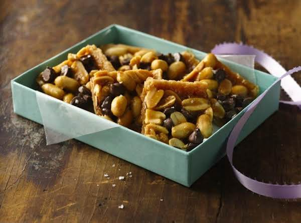 Salty Peanut Brittle Bars Recipe