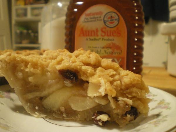 Country Spiced Honey Pear Pie Recipe