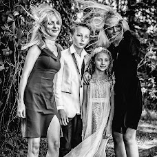 Wedding photographer Magdalena Sobieska (saveadream). Photo of 19.09.2018