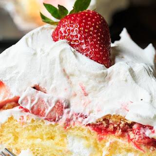 Strawberry Twinkie Cake.