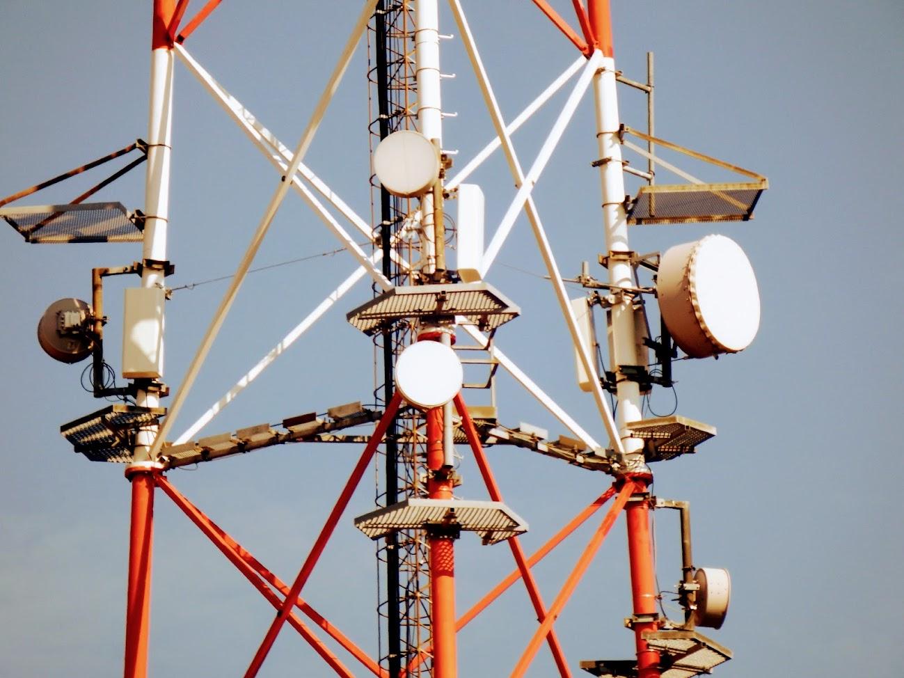 Paks/Öreghegy, Telekom torony - helyi DVB-T+URH-FM adóállomás