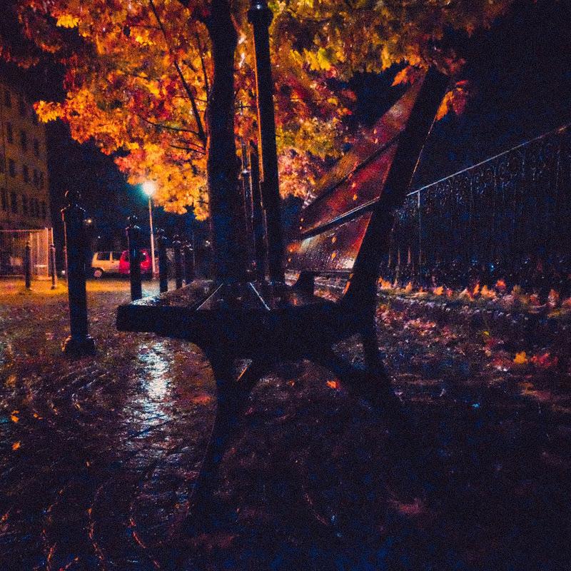 Notturna sotto la pioggia di Merlograziano