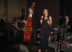 Photo: Lilian Viana and trio Jazz band