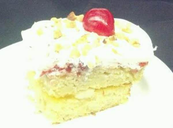 Banana Split Cake Recipe