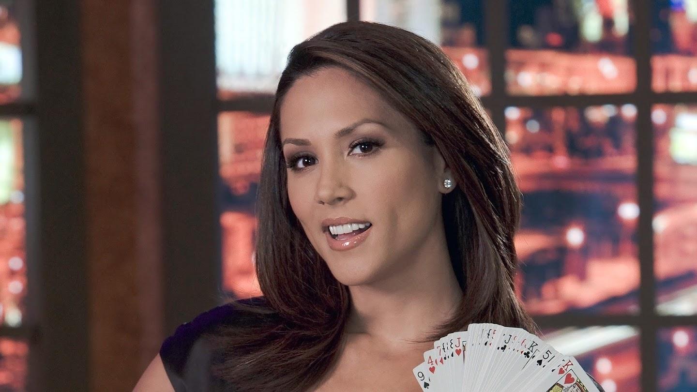 Poker After Dark: Golden Nights