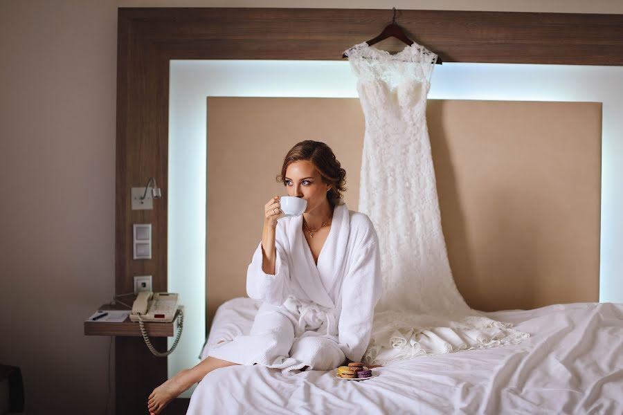 Wedding photographer Kseniya Snigireva (Sniga). Photo of 26.12.2017