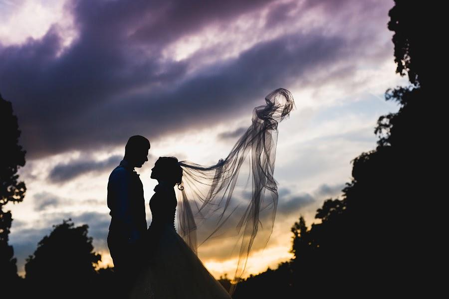 Wedding photographer Aaron Storry (aaron). Photo of 25.08.2016