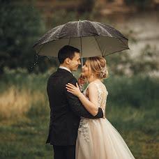 Wedding photographer Vitaliy Kuzmin (vitaliano). Photo of 24.12.2018