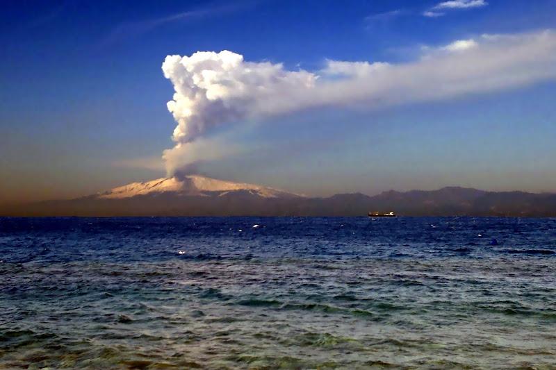 L'eruzione dell'Etna di c