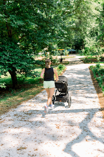 How to Get Back into Running After Pregnancy: 10 tips & lessons learned