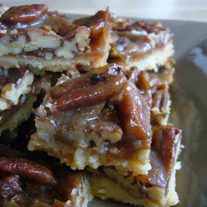 Caramelized Pecan Bar