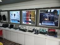 Lenovo Exclusive Store photo 3