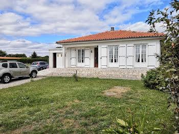 villa à Genouillac (16)