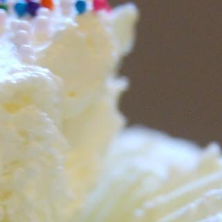 {No Bake} Mini Cheesecakes.
