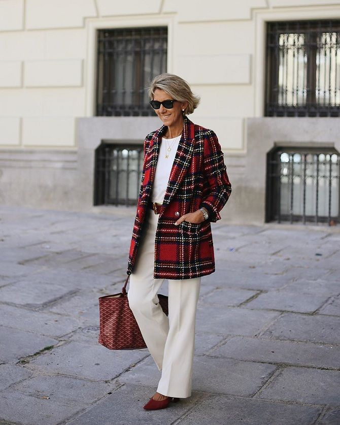 autumn looks 2020 from women bloggers over 50