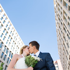 Wedding photographer Viktor Ryzhov (ViBOSS). Photo of 22.09.2014