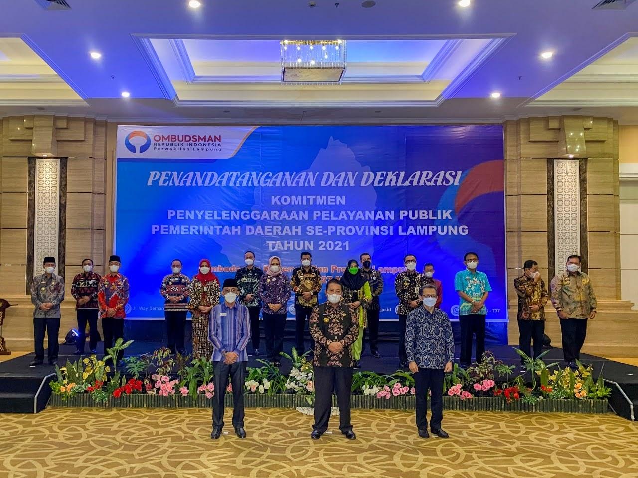 Penandatanganan dan Deklarasi Komitmen Kepala Daerah dalam Penyelenggaraan Pelayanan Publik