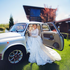 Wedding photographer Olga Kolodkina (fotoolga48). Photo of 05.10.2016