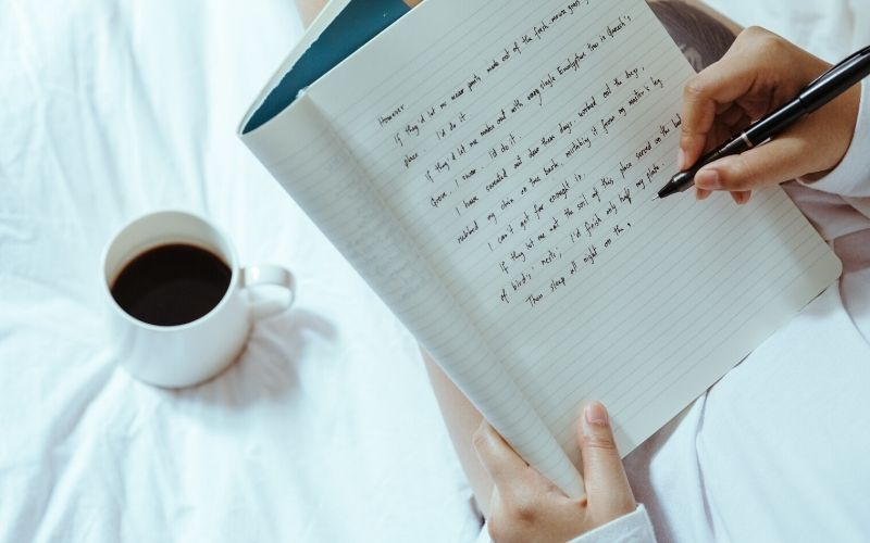 Top 7 Novel Writing Software Tools for Authors in 2021