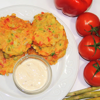 Vegetable Fritters with Beans Flour.