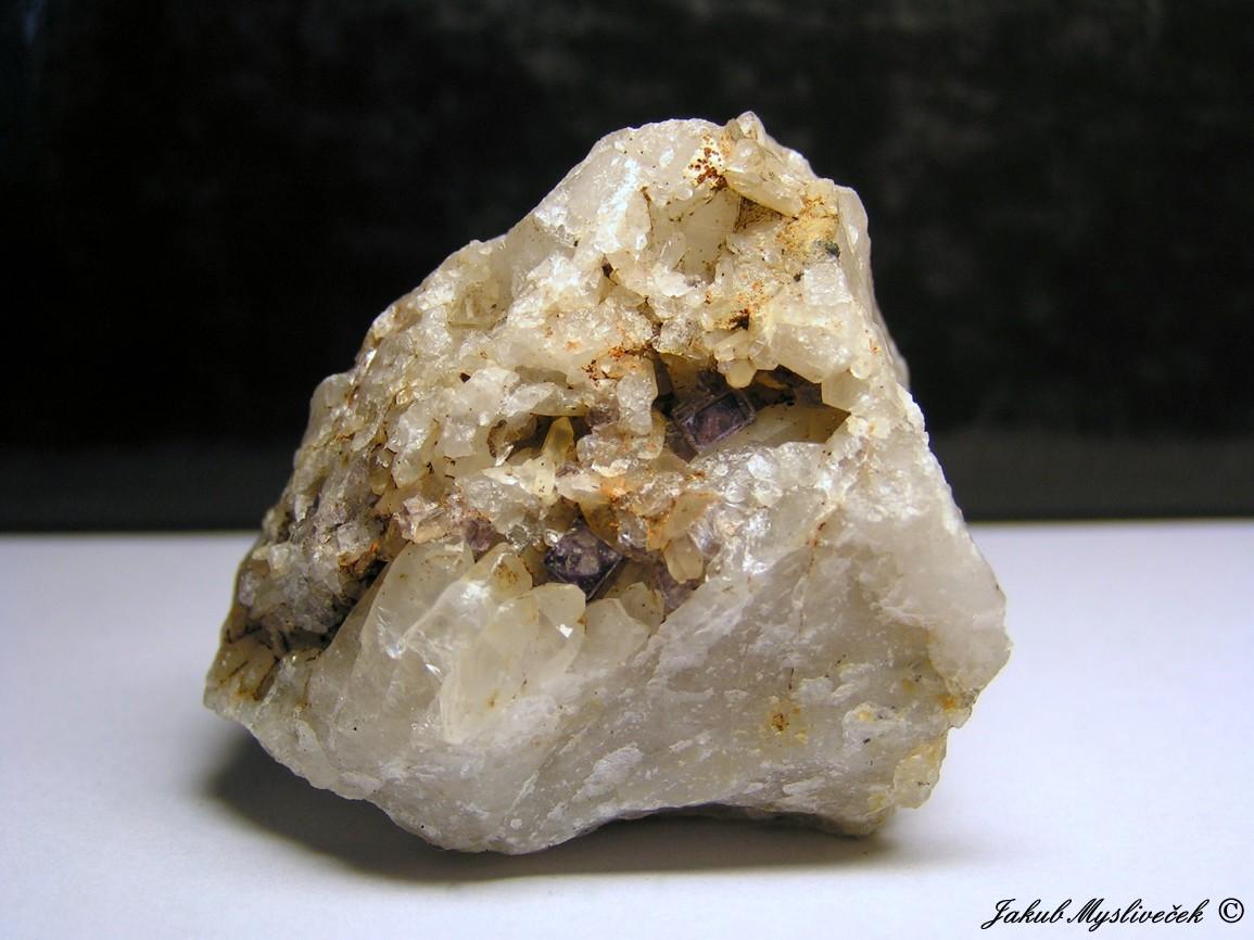 "Photo: Krychle fluoritu v dutině křemene (Krupka - halda ""Bismutka""). Velikost vzorku 54 mm. Nalezeno dne 10.7. 2016."