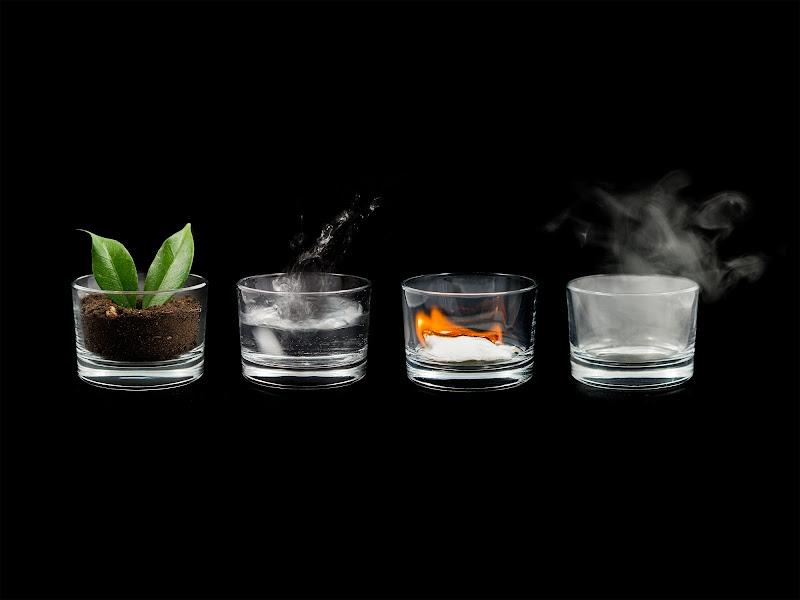 Terra, acqua, fuoco e aria. di anija