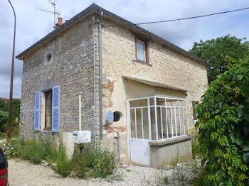 maison à Crespy-le-Neuf (10)