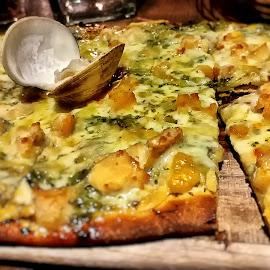 Loews Clam Pizza by Koenraad De Roo - Food & Drink Plated Food ( tasty, seafood, food, pizza, yum, yummy, cooking, culinary, meal )