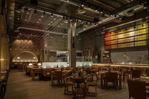 10 Must-Try Wine Bars in Miami - Zagat