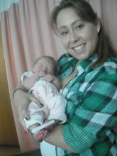 Photo: Audrey Anne meets Auntie Ashley