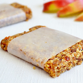 Non-GMO Apple Pie Energy Bars