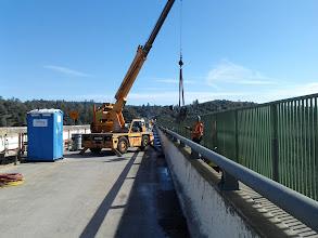 Photo: crane moving catwalk components