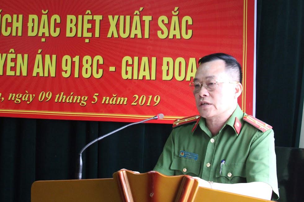 Đồng chí Thượng tá Nguyễn Đình Anh, Trưởng phòng CSĐTTP về ma túy, Phó trưởng Ban chuyên án 918C báo cáo tóm tắt quá trình đấu tranh chuyên án.