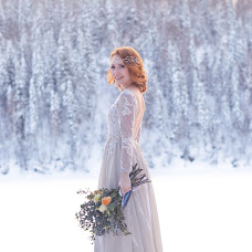 Wedding photographer Olesya Vladimirova (Olesia). Photo of 04.08.2017