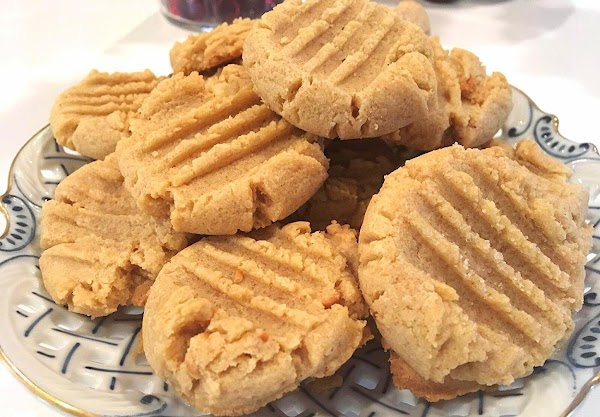 ~ Addictive Peanut Butter Cookies ~ Chewy Good! Recipe