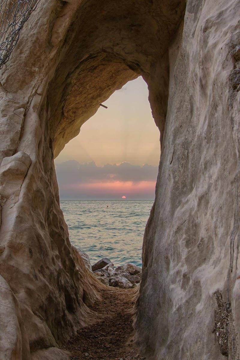 Alba... Spiaggia Urbani Sirolo di Domenico Cippitelli