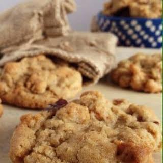 Cinnamon Apple Oatmeal Cookies.