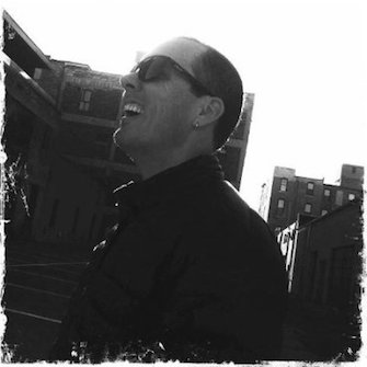Steven Elmes Headshot
