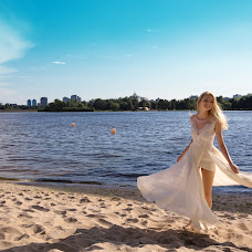 Wedding photographer Nika Art (ArtNika). Photo of 04.08.2014