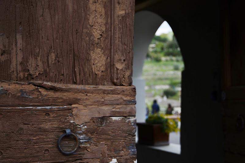 al di là della porta ..... di Tatiana_D