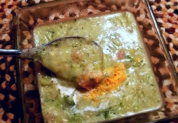 ~ Cream Of Broccoli Potato Soup ~