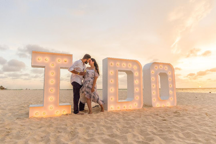 """Say """"I do"""" all over again during a special ceremony in Aruba."""