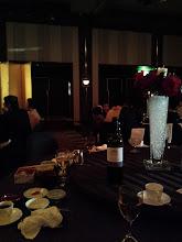 Photo: お、おい! うちのテーブルだーれもおらんぞー! 「早く戻ってこーい!」