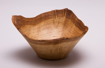 "Photo: Bert Bleckwenn 2"" x 4"" natural-edged bowl [oak]"