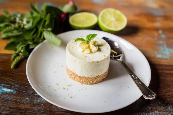 Cheesecake de Limão e Manjericão