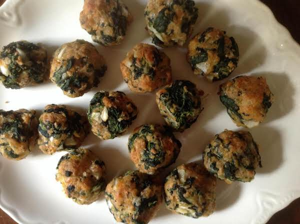 Bea's Spinach Balls